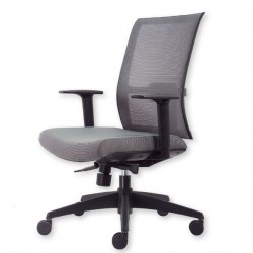 Silla de oficina Tyler-Verona con brazos regulables en altura respaldo en malla y asiento tapizado 1 mecanismo syncro azul